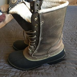 Sorel Brown Boots Size 8.5